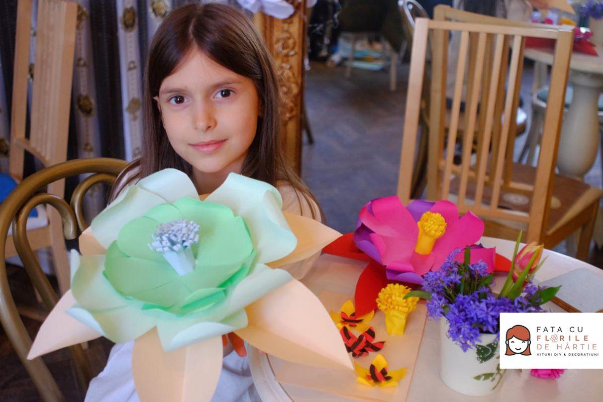 atelier creativ DIY copii adulti Circul Magic flori de hartie Bernschutz Bucuresti (15)