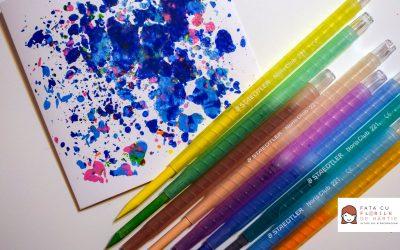 felicitare-DIY-cu-creioane-cerate-topite---fata-cu-flori-de-hartie---4