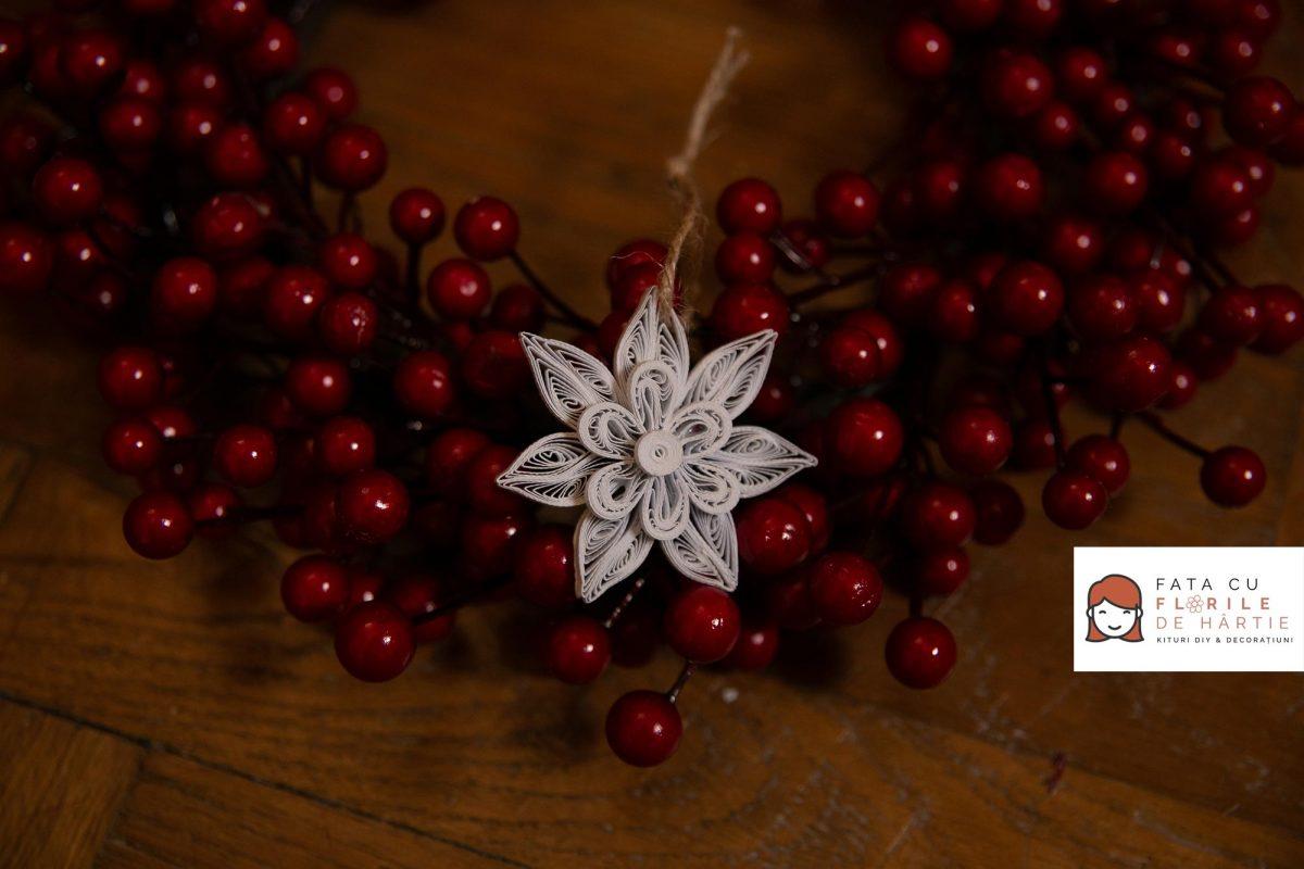 set-fulg-de-zapada-model---ornament-handmade-by-fata-cu-flori-de-hartie-()